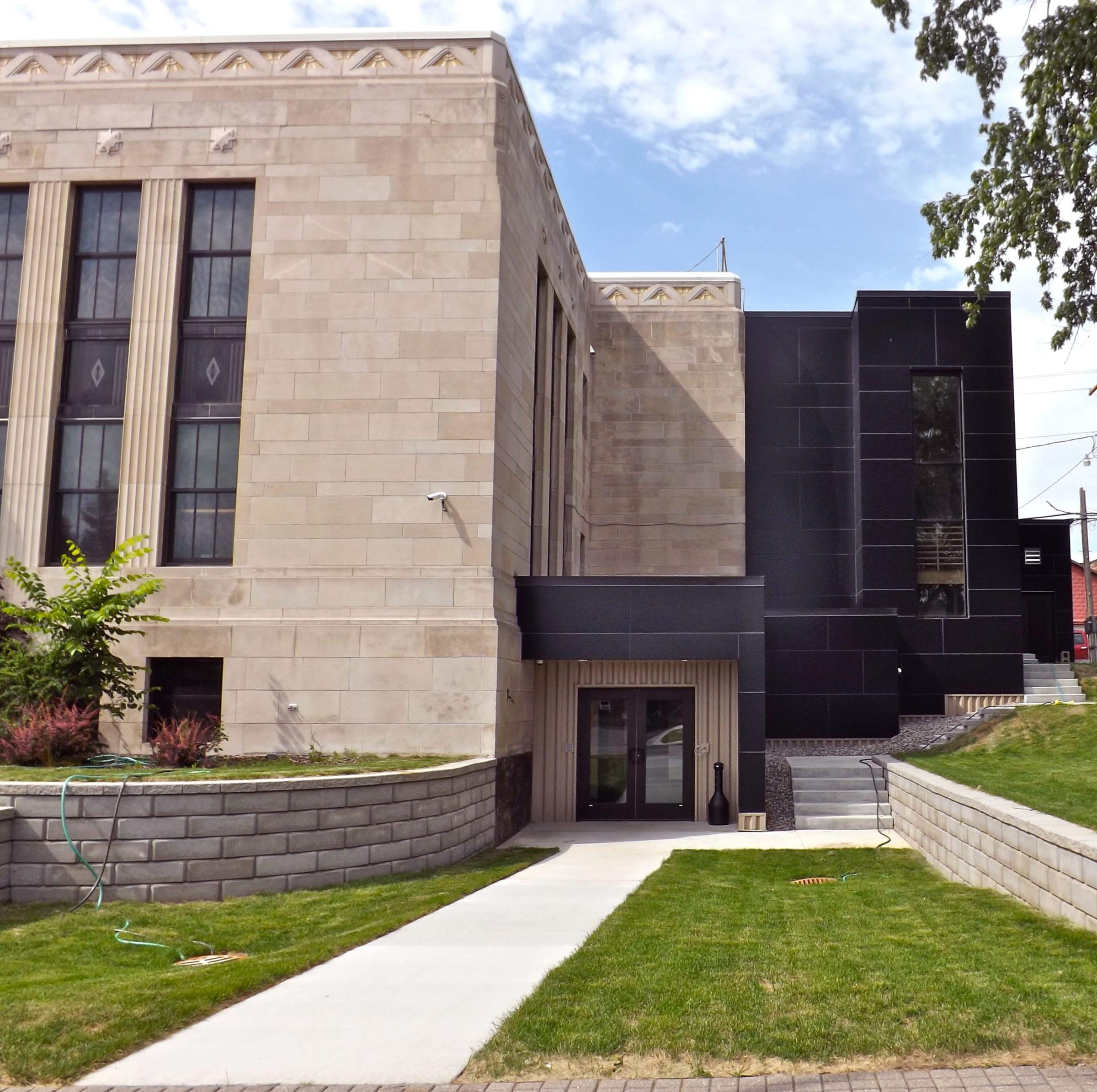 Ely City Hall